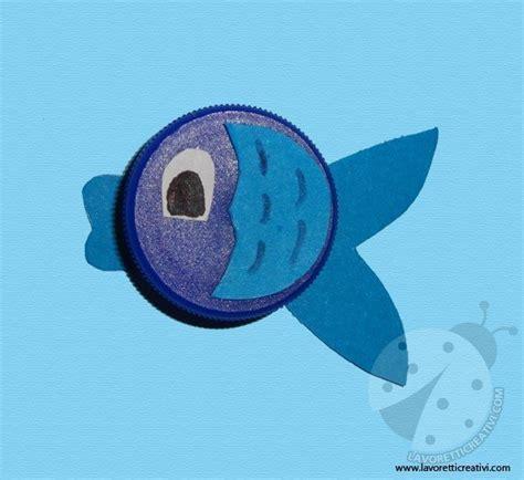 lavoretti  tappi  plastica pesci lavoretti creativi