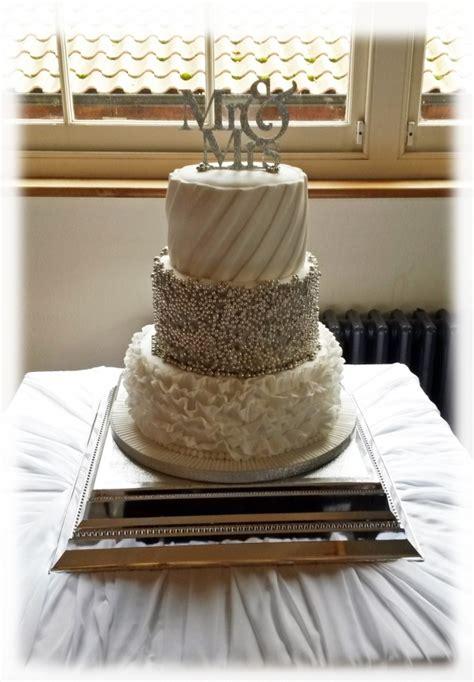 3 Tier Silver Cluster Wedding Cake Bakealous