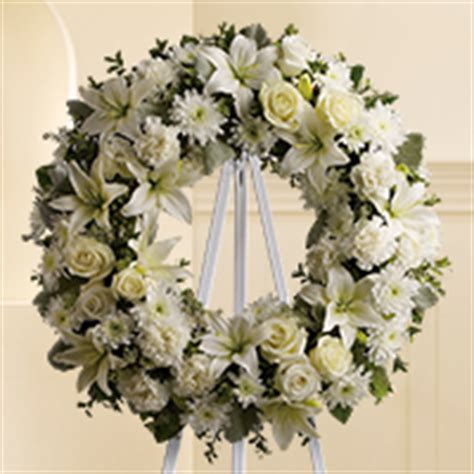 Ideas For Graveside Decorations by Send Sympathy Flowers Amp Funeral Flower Arrangements