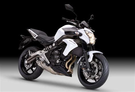 Review Kawasaki Er 6n by Kawasaki Er 6n 2012 On Review Mcn