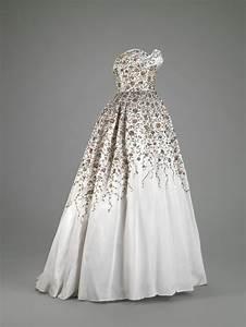 ball gown pierre balmain 1914 1982 fall winter 1953 With balmain wedding dress