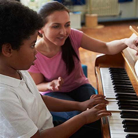 8 Things To Consider When Buying A Digital Piano For