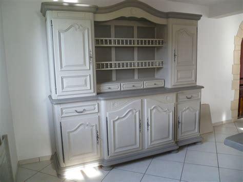 repeindre un meuble cuisine repeindre des meubles de cuisine en bois vernis