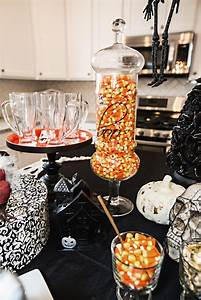 10, Tips, For, Throwing, A, Classy, Halloween, Party