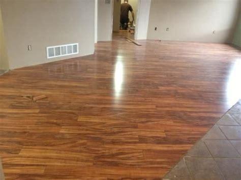 pergo flooring koa xp hawaiian curly koa 10 mm thick x 4 7 8 in wide x 47 7 8 in lengt
