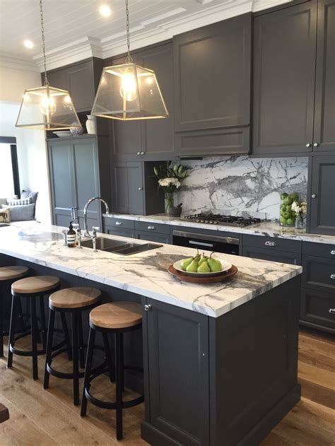 handles kitchen cabinets 27 best kitchen joinery images on carpentry 1549