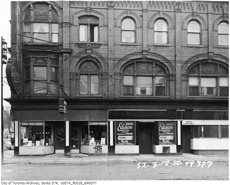 The History Of Toronto In Photos
