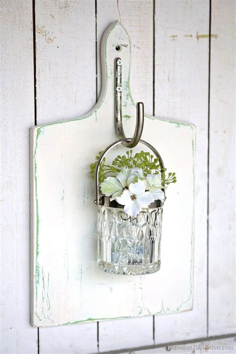 Hanging Wall Vase - glass wall vase on the cheap petticoat junktion