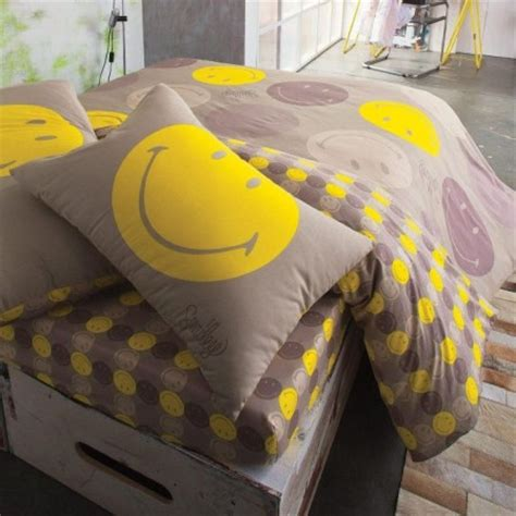 d 233 coration chambre smiley