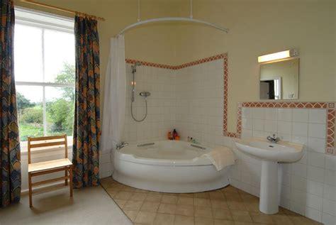 Brown White Bathroom Corner Bath Shower Over Curtain