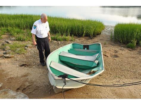 Inflatable Boat Crash Huntington Beach by Huntington Man Crashes Boat Into Row Boat In Duck Island