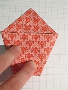 Pochette Cadeau Papier : pochette cadeau en origami bricolage avec du p ~ Teatrodelosmanantiales.com Idées de Décoration