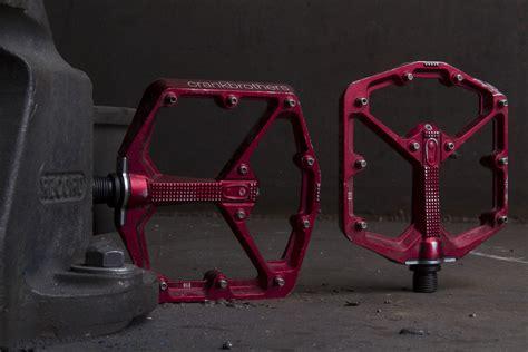 flat pedal test singletrack magazine review crank brothers st flat