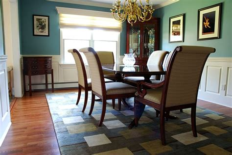 Wainscoting Ideas For Dining Room by 17 Best Ideas About Wainscoting Dining Rooms On