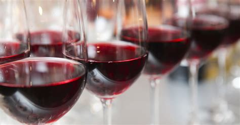 Splashes of wine in two wineglasses. The 4 Red Wines You Need To Try If You Want To Learn About ...
