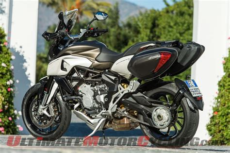 Review Mv Agusta Stradale 800 2015 mv agusta stradale 800 review with