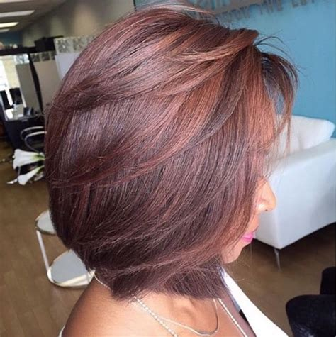layered feathered bob hairstyles best 25 feathered bob ideas on pinterest layered bob