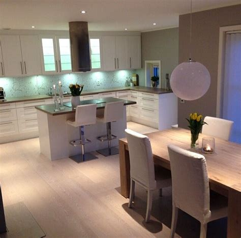 Small Square Kitchen Design Ideas - 17 best images about kitchen diner on pinterest extension ideas breakfast bars and extensions
