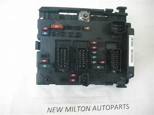 A Genuine Peugeot 207 307 1 4 1 6 2 0 Hdi Etc Engine Bay Fuse Box Control Module Bsm B2 9650664180