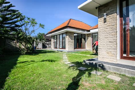 two bedroom house two beds house for rent with garden in sanur sanur s 13674