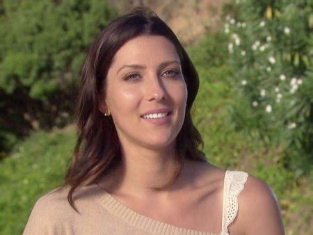 k becca it s a becca kufrin reportedly engaged to the bachelor arie