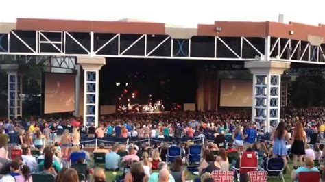 scotty mccreery quot whiplash quot live july 26 2015 at walnut
