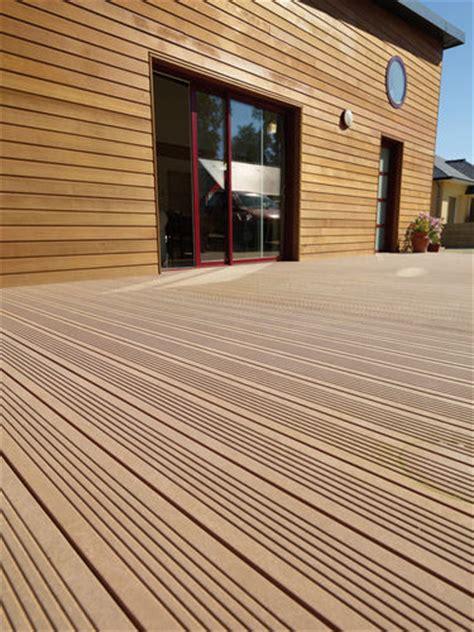 bardage pvc exterieur imitation bois bardages en pvc et les bois composites faire construire sa maison
