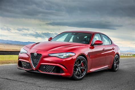 Alfa Romeo Car : 2017 Alfa Romeo Giulia Reviews And Rating