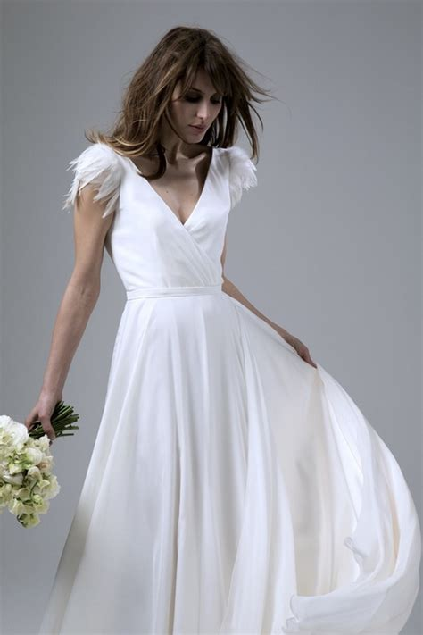 28 Breathtaking Winter Wedding Dresses For 2016. Wedding Dresses Cork Vintage. Beach Wedding Dresses Under 100 Dollars. Cheap Vintage Wedding Dresses Nyc. Summer Evening Wedding Dress Code. A Line Wedding Dresses Kent. Stella York Chiffon Wedding Dresses Style 6018. Corset Feather Wedding Dresses. Colored Wedding Dress Petticoat