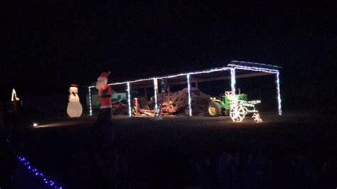lu mil christmas lights lu mil christmas light show continuing through december
