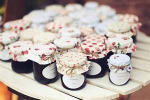 Petit Pot De Confiture : petits pots de confiture pour invit s d co pinterest ~ Farleysfitness.com Idées de Décoration