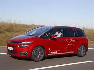 Peugeot Voiture Autonome : top des voitures du futur avec le pilotage autonome ~ Voncanada.com Idées de Décoration