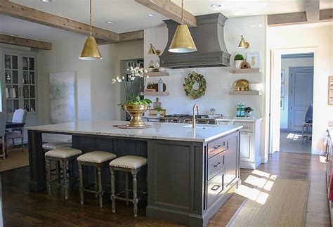 lighting in a kitchen farmhouse interiors interior design ideas home bunch 7048