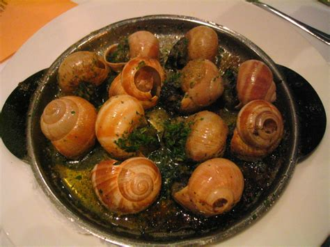 escargot cuisiné animals snails food items