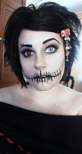 Pretty Freakin Awesome Halloween Makeup