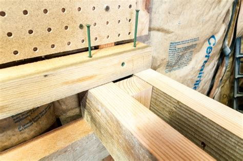 workbench top surface  attaching  drawers