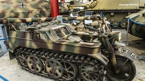 Motorcycle Tank Vehicle Military Wallpaper