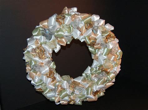 ribbon covered christmas wreath hgtv