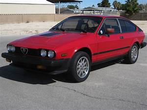 Alfa Romeo Nice : 1985 gtv6 alfa romeo alfetta gtv 6 gran turismo veloce ~ Gottalentnigeria.com Avis de Voitures