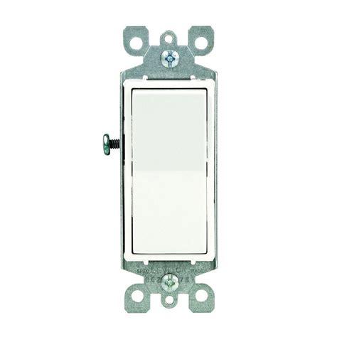 Leviton Decora Amp Illuminated Switch White