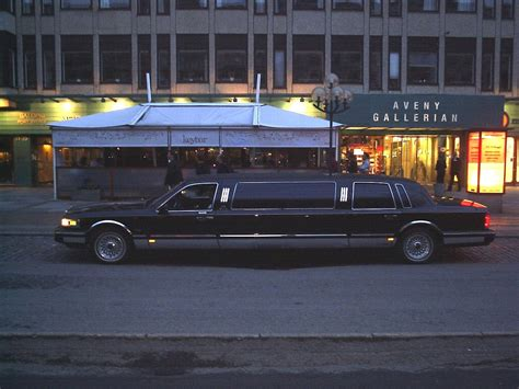 Limousine Definition by Limousine Wiktionary