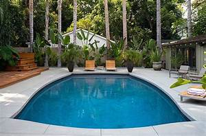 Outdoor design trend 23 fabulous concrete pool deck ideas for Pool deck ideas made from concrete