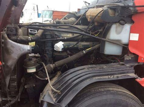 detroit series  engine    freightliner