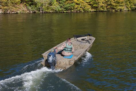 Xpress Duck Hunting Boat by Research 2012 Xpress Boats Drake 16 On Iboats