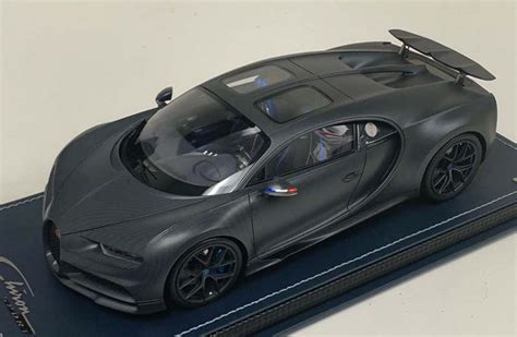 110 ans bugatti chiron is a red, white and blue anniversary special. MR Collection 1:18 Bugatti Chiron Sport Edition 110 ans ...