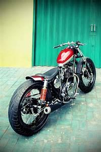 Free The Wheels     Kawasaki Kz200 Bobber