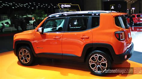 orange jeep renegade jeep renegade small suv jeep kini resmi dijual garansindo