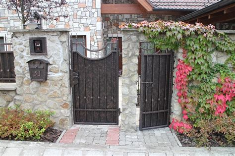 gates and fencing gates fences