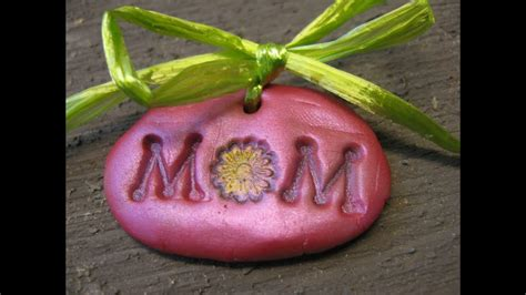 mom charm mothers day gift idea craft tutorial youtube