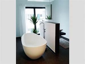 Badewanne Kleines Bad : kleines badezimmer mit der freistehenden badewanne luino grande ~ Buech-reservation.com Haus und Dekorationen